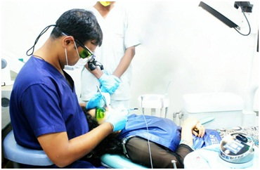 Laser curettage treatment at Ekdantam Dental clinic jaipur